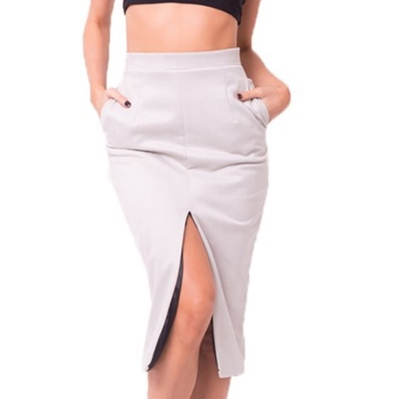 The Anywhere Pencil Skirt